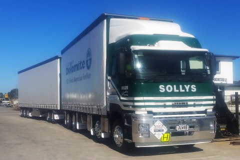 Solly's Curtainsider